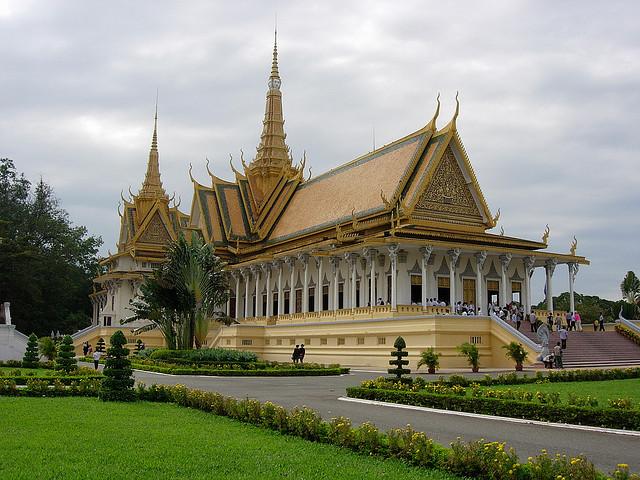 Pagoda Perak - ohduit.com